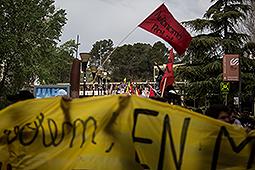Marxa estudiantil de la UAB contra el 3+2 Marxa estudiantil des de la UAB fins al Parlament de Catalunya