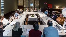 Les millors fotos de la setmana de Nació Digital <a href='http://www.naciodigital.cat/noticia/109187/naciodigital/constitueix/seu/consell/editorial'>NacióDigital constitueix el seu Consell Editorial.</a></br> Foto: Adrià Costa