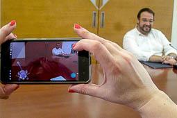 Les millors fotos de la setmana de Nació Digital <a href='http://www.naciodigital.cat/sabadell/noticia/7667/pok/mon/infiltren/ajuntament/sabadell'>Els Pokémon s'infiltren a l'Ajuntament de Sabadell.</a></br> Foto: Albert Segura
