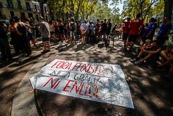 Concentració antifeixista contra la mobilització de Democràcia Nacional a Gràcia