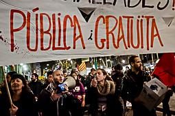 Manifestació d'estudiants per la rebaixa de les taxes universitàries