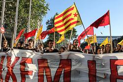 Manifestació d'estudiants contra les taxes universitàries a Barcelona