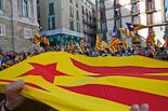 Concentració d'estelades a la plaça Sant Jaume de Barcelona