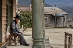 Eleccions andaluses 2015 Pepe, el «sheriff» del Fort Bravo, els decorats dels «spaghetti-western» rodats al desert d'Almeria.