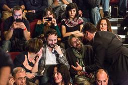 Eleccions andaluses 2015 Militants i simaptitzants de Podemos seguint el recompte de vots des del Teatre Salvador Tàvora de Sevilla.