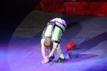 Festival Internacional de Circ de Figueres El còmic Adam Kuchler durant la seva actuació.