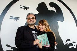 Festval Internacional de Cinema Fantàstic de Sitges 2014 (II) 07/10/2014 Jordi Sánchez-Navarro i Desirée de Fez, autors del llibre «Pantalla rasgada».