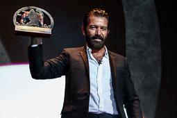 Festval Internacional de Cinema Fantàstic de Sitges 2014 (II) 09/10/2014 Antonio Banderas amb el Gran Premi Honorífic del Festival de cinema de Sitges.