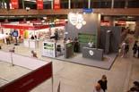 Fira De Tot CAT a Girona A la fira mercat s'hi poden trobar una setantena d'empreses que utilitzen el català en els seus productes.
