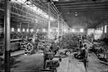 «El món del treball a la Catalunya del primer terç del segle XX» Interior d'un taller metal·lúrgic, 1920-1930. Foto: Fons Brangulí