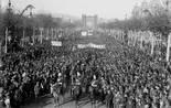 «El món del treball a la Catalunya del primer terç del segle XX» Manifestació al passeig de Sant Joan demanant l'amnistia dels empresonats per la vaga general revolucionària de l'agost e 1917. Foto: Fons Brangulí