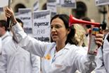 Manifestació de farmacèutics a plaça Sant Jaume