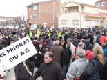 Més de 2.000 persones es manifesten a Ascó en contra del cementiri nuclear