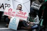 Concentració de la PAH davant la seu del PP a Barcelona