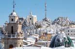 Temporal de fred i neu a Catalunya 15.12.2009 13.26 - Panoràmica de Banyeres de Mariola (Alcoià) emblanquinat pel temporal de neu que afecta el País Valencià. Foto: J.Ricard Berenguer/ACN