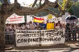 Concentració de col·lectius d'esquerra davant del Parlament