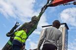 Retirada del monument franquista del Llapis