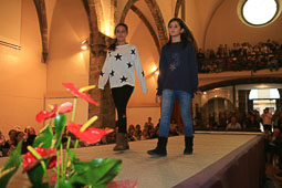 Desfilada de moda a la Fira de Sant Ermengol de La Seu d'Urgell