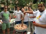 Via Lliure Ponent Alguns lleidatans han aprofitat la manifestació per fer una cassolada popular