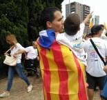 Via Lliure Ponent Un pare amb el seu fill pels carrers de Barcelona abans de la Via Lliure