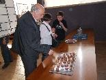 Presentació llibre Cuina catalana i tradicional L'acte es va cloure amb un tast de bunyols de vent amb un dolç de mongeta vermella