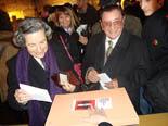 13D a Osona Joan Sunyol al moment de votar al Temple Romà de Vic. Foto: M.M.