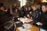 13D a Osona Gran afluència de votants al Temple Romà de Vic. Foto: Adrià Costa