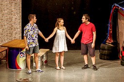 «Allò que tal vegada s'esdevindrà» de Vilatorta Teatre