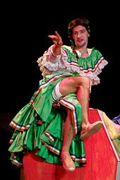Teatre: «Y me morí: cabaret tragicómico mexicano para tres difuntos» a l'ETC