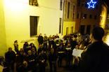 Activitats de Nadal a Sant Pere de Torelló Cantada de nadales després de la missa del Gall.