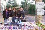 Activitats per la Marató de TV3 a Osona Paradetes solidàries a la Fira de Santa Llúcia de Prats de Lluçanès. Foto: Joan Parera