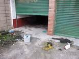 Estat d'abandó de l'antiga caserna de la Guàrdia Civil de Manlleu