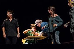 Teatre: «La Cançó dels Catalans» a Seva