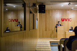 Henry Chesbrough investit Doctor Honoris Causa per la UVic-UCC