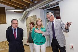 Joana Ortega visita la seu de Creacció a Vic