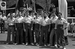 Josep Anglada, una vida accidentada, en imatges 06/07/1982. Josep Anglada amb els Geganters de Vic. Foto: Josep Maria Montaner.