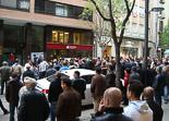 Josep Anglada, una vida accidentada, en imatges 24/04/2012. Concentració contra Anglada davant del seu domicili al centre de Vic. Foto: MM.