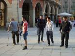 Manifestació contra Anglada i PxC a Vic Incidents entre joves i una regidora de PxC de Vic a la plaça Major.