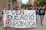 Alumnes de l'IES La Plana es manifesten a Vic contra les retallades