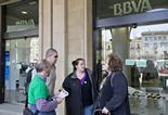 La PAH ocupa l'oficina del BBVA a la plaça de Manlleu