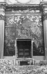 Revolució, guerra i franquisme a Vic Les pintures murals de Josep Maria Sert, destruïdes després de l'incendi de la catedral.