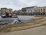 Seguiment de les obres de la plaça Fra Bernadí de Manlleu (7) 26-07-2011