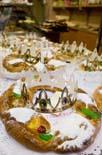 Elaboració d'un tortell de Reis