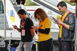 El Roc 34, de Vic, es vesteix de groc pel 9-N