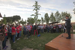 Municipals 2015: Inici de la campanya electoral a Sabadell Josep Ayuso es dirigeix al seu equip.