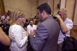Ple de constitució de l'Ajuntament de Sabadell D'espectador.