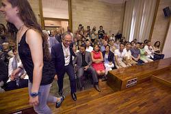 Ple de constitució de l'Ajuntament de Sabadell Carles Rossinyol entra al Ple.