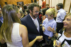 Ple de constitució de l'Ajuntament de Sabadell Compartint l'alegria.