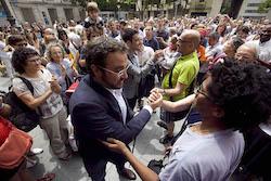 Ple de constitució de l'Ajuntament de Sabadell Lliurat al poble.
