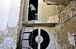 El cinema Alhambra de la Garriga La cabina de projecció del cinema és un viatge  al passat.